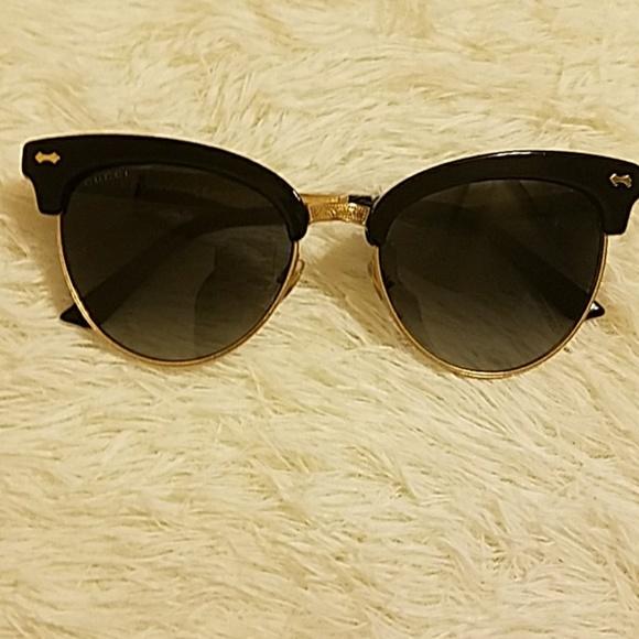 15a85ff7a2c4d Gucci Accessories - Gucci sunglasses